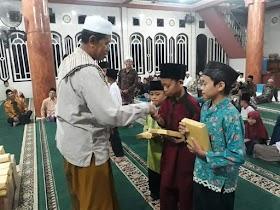 Malam Nuzul Qur'an, Warga Sekernan Jadikan Momen Penyerahan Hadiah Lomba Selama Ramadhan