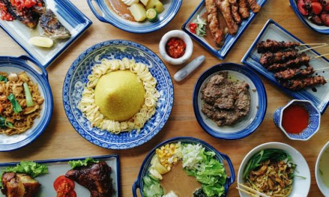 rekomendasi tempat makan wisata kuliner legendaris, hits, terenak di Semarang
