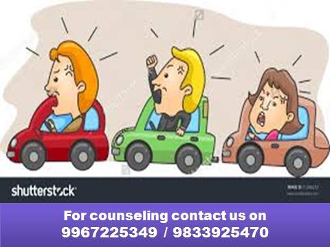 गाडी चालवताना रागावर नियंत्रण ठेवण्यासाठी मदत करतील हे उपाय