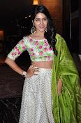 Actress Pavani Gangireddy New galm pics-thumbnail-6
