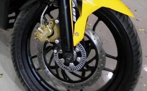 Bagi anda yang mempunyai sepeda motor baik yang jenis angsa Cara Memperbaiki Rem Cakram Motor Blong Atau Masuk Angin