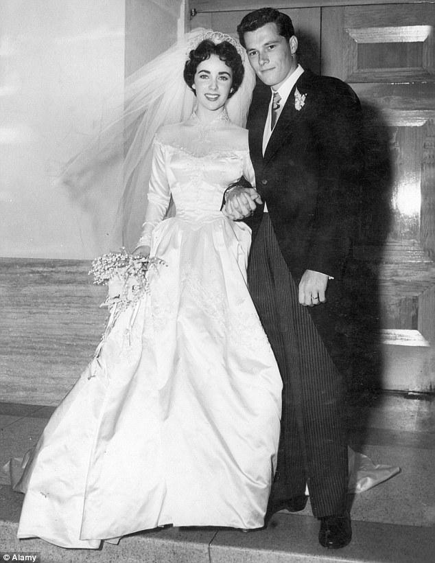 Abiti Da Sposa 1950.Varie Gli Abiti Da Sposa Delle Dive Di Hollywood Blog Frivolo