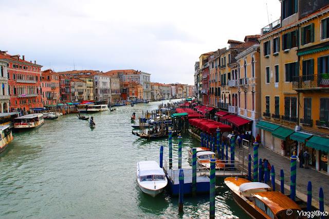 Il Canal Grande taglia in due il centro storico di Venezia