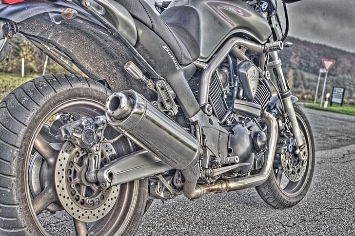 Mengapa Knalpot Sepeda Motor Berada di Sebelah Kanan?