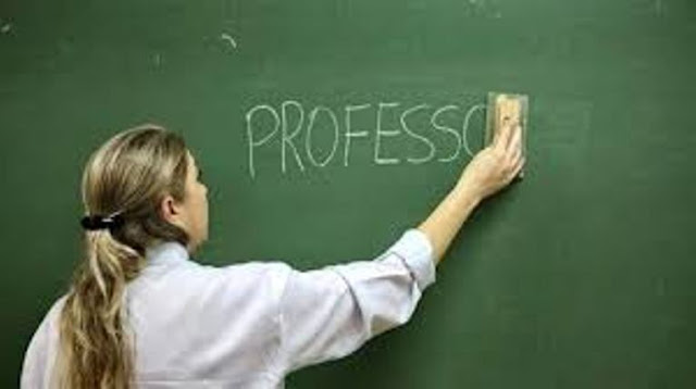 Portugal | Professores contratados e mal pagos!