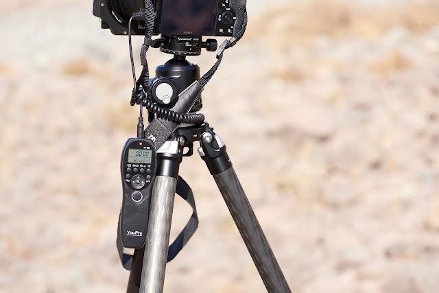 Sunwayfoto T2C42C CF Classic Tripod Leg Angle display