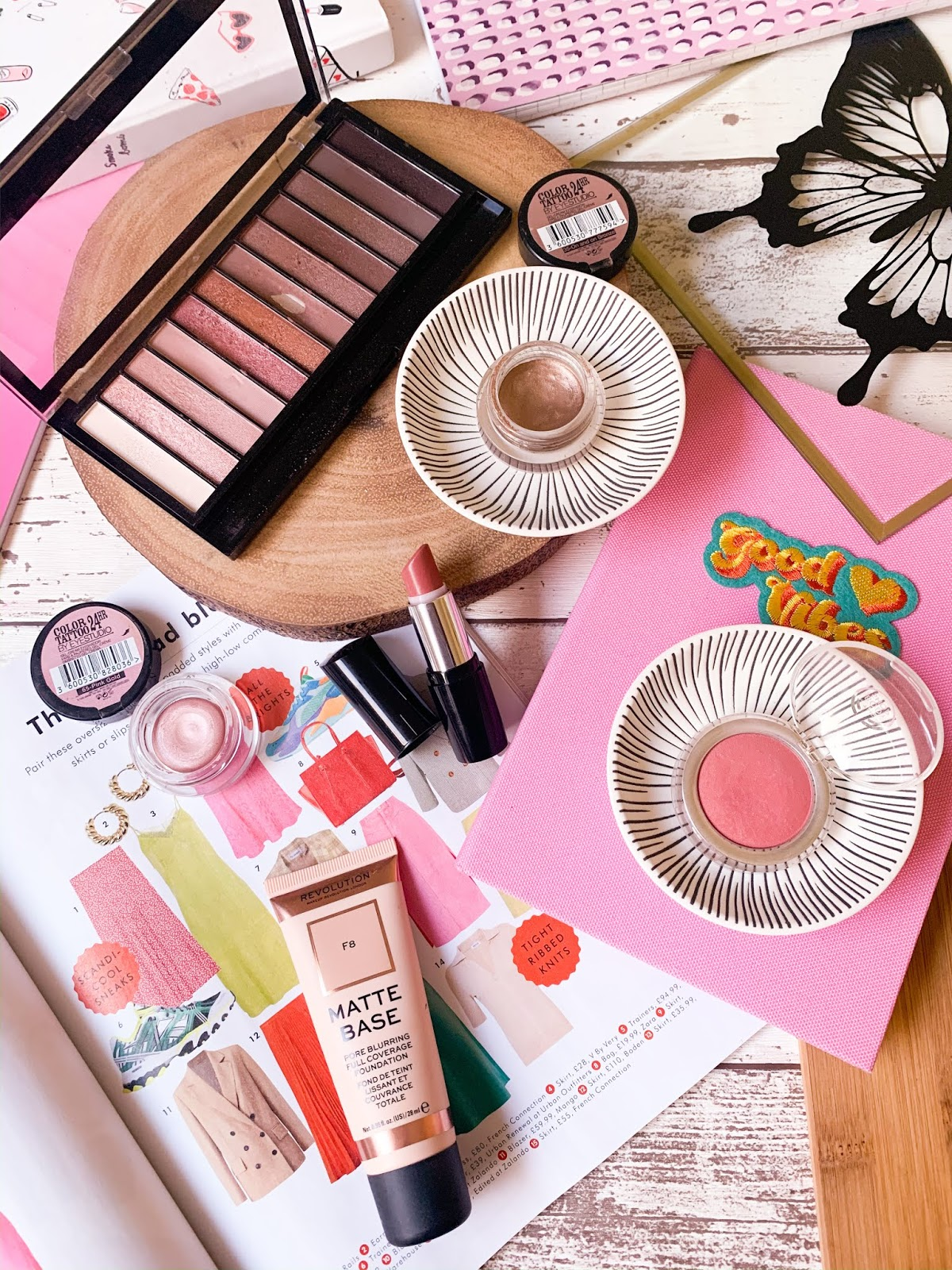 Makeup Rediscoveries Flatlay