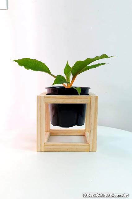 suporte madeira vaso