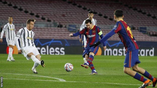 Barcelona 0 - 3 Juventus Champions League highlight Matchday 6