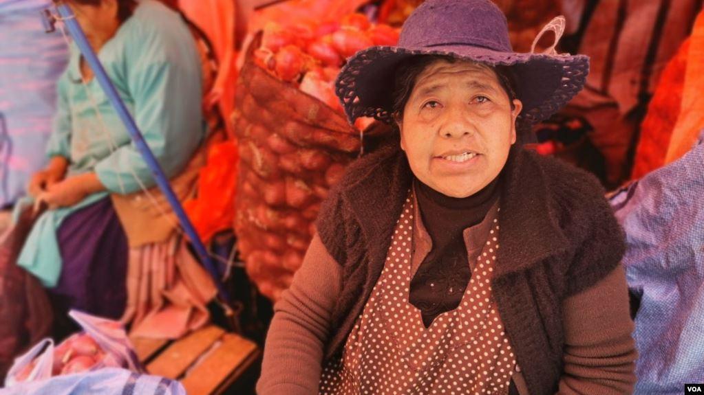 Vendedoras en los mercados públicos advierten que los alimentos han escaseado en las últimas semanas y que los precios de algunos productos han aumentado / VOA