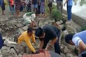 Kaswadi Turun Langsung Benahi Jalan Amblas di Ganra