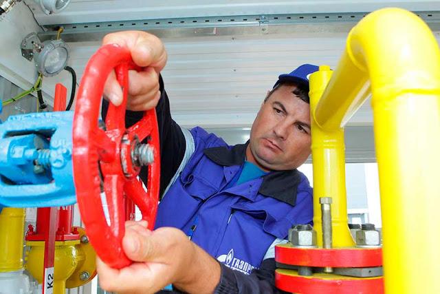 «Газпром» против дачников Хотькова
