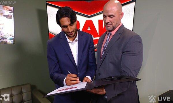 المصارع السعودي منصور الشهيل (Mansoor) يكشف عن المواجهة التي غيرت حياته ومسيرته المهنية في WWE