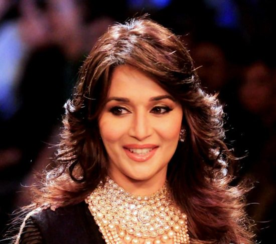 This Picture Of Gorgeous Madhuri Dixit Does Justice To The Desi Version Feather Cut Hairstyle It Looks Lightweight And Frames Face Beautifully