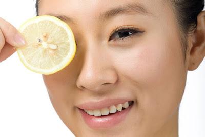 mengobati Jerawat Dengan jeruk lemon