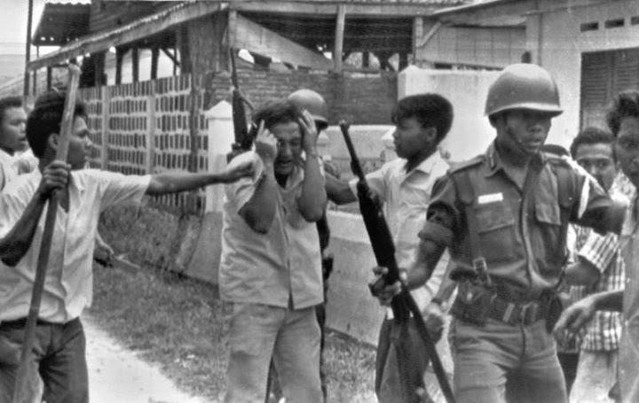 Hari ini 56 tahun lalu, gerakan 30 september pki (g30s/pki) yang memakan korban sejumlah jenderal tni ad terjadi pada 1965. Mengerikan! 5 Pembantaian Ini Pernah Terjadi di Indonesia