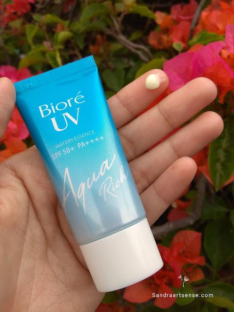Review Biore UV Aqua Rich Watery Essence SPF 50+/PA+++