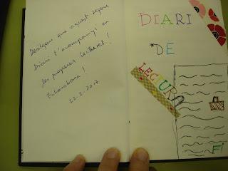 Després hem llegit els diaris de lectura:  Aroa: Primer curso en torres de Malory  Emma: Los vestidos de Pancheta  Gemma: Omnia  Al final hem llegit el llibres nous.