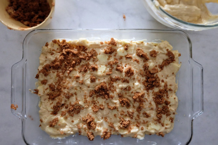 layering batter and crumble in pan