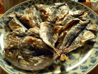 酒の肴 焼き魚 小アジの干物焼き