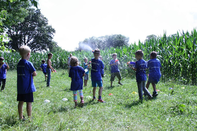 Sommercamp mit Wasserschlacht