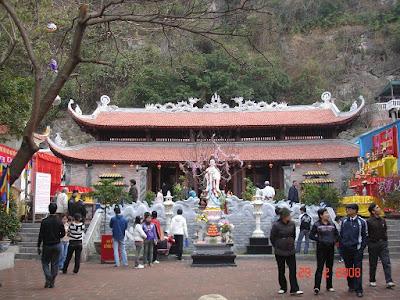 Nét kiến trúc thanh tịnh của chùa Long Tiên