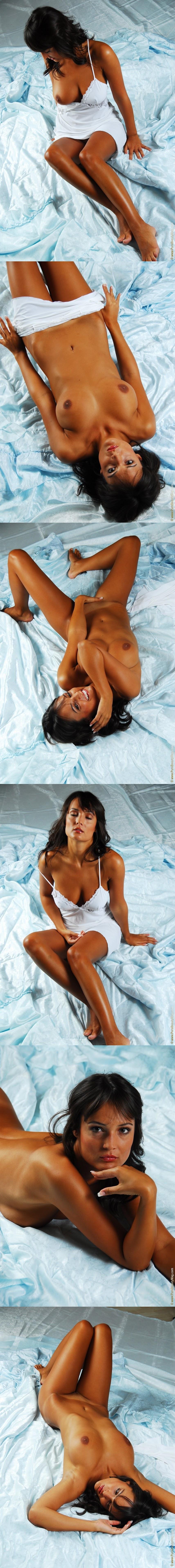 PureBeautyMag PBM  - 2006-08-29 - #s259689 - Karol P - What a Fox! - 3872px - idols