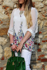 white floral summer outfit