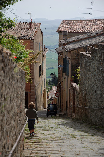 Montalcino walks: fun for everybody