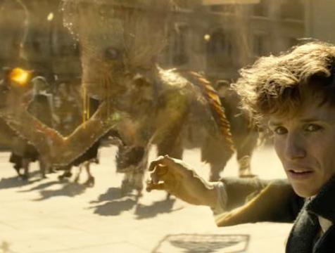 Kappa y Newt Scamander (Eddie Redmayne) en Animales fantásticos. Los crímenes de Grindelwald - Cine de Escritor