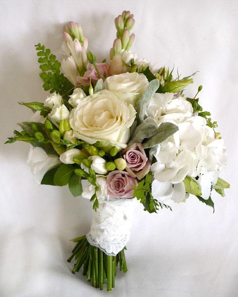 Wedding Flowers In February: Wedding Blossoms: February 2012