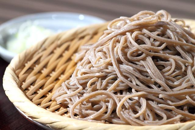 La yakisoba lleva una salsa que vamos a preparar de manera saludable