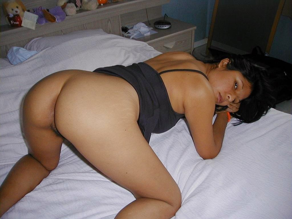 Hot Marwadi Bhabhi On Bed Ready To Get Fucked  Veronica -2684