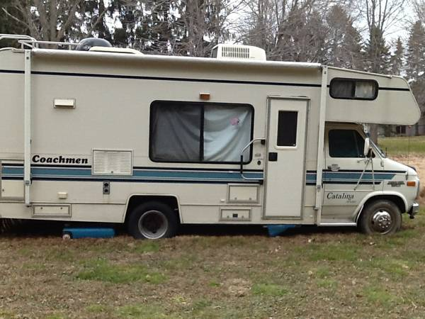 used rvs 1993 coachmen catalina motorhome for sale for sale by owner. Black Bedroom Furniture Sets. Home Design Ideas
