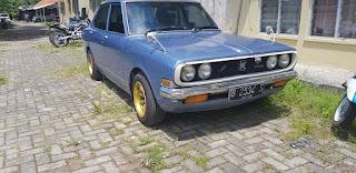 Lapak Mobil Retro CORONA 1971