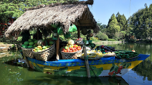Floating Markets in Indonesia: Is It Worth Visiting?