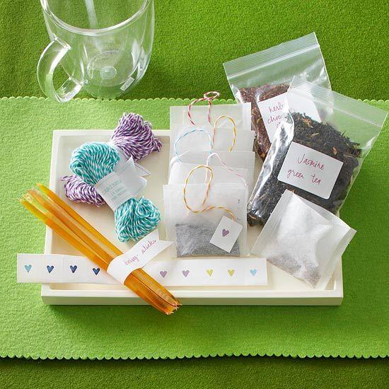 DIY Christmas gift idea - Personalized Tea Kit