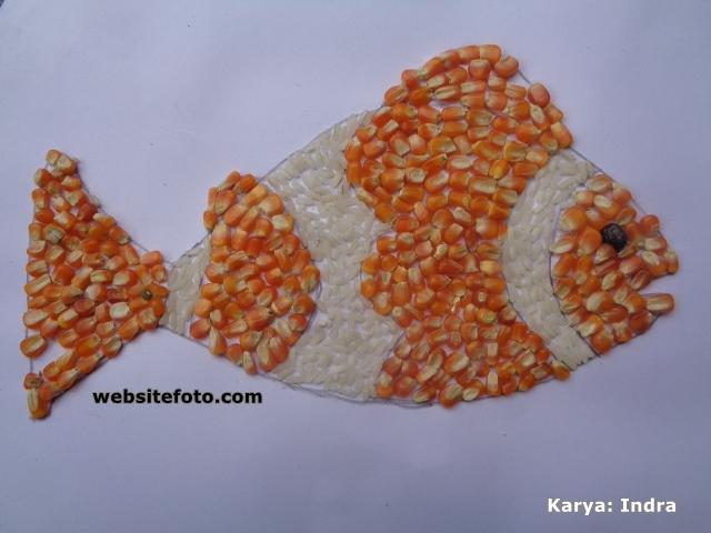 Contoh Kolase Ikan dari Biji Jagung dan Beras