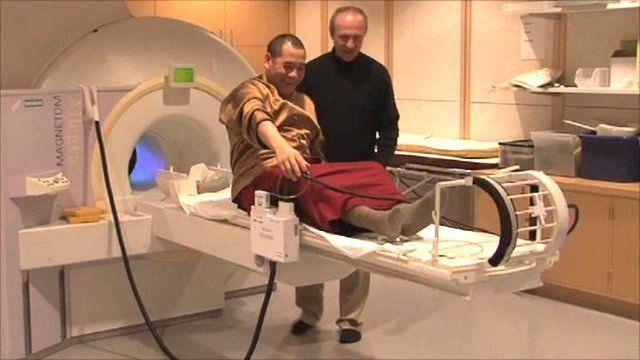 Các nhà sư cho thấy Thiền định có thể thay đổi cấu trúc não bộ