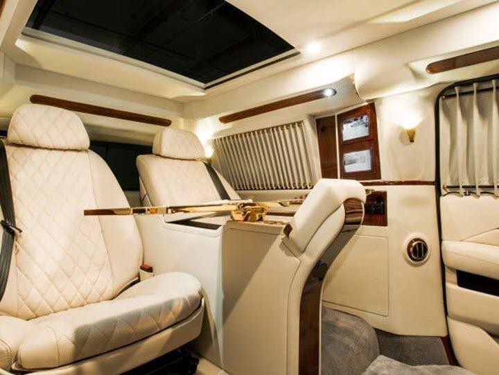 Cadillac Escalade ngoài bọc thép, trong dát vàng giá 500.000 USD cùng 5 bản độ chất ngất khác làm siêu lòng giới siêu giàu