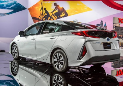 Toyota prius prime 2018 Reviews, Specs, Price