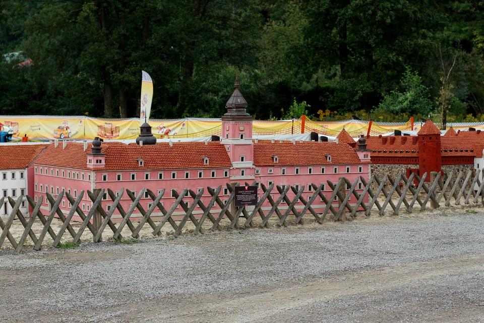 Park Miniatur Zamek w Warszawie