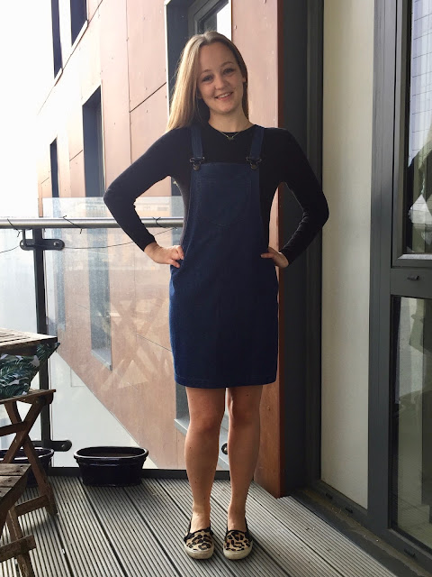 Diary of a Chain Stitcher: Denim Cleo Dunagree Dress from Tilly and the Buttons
