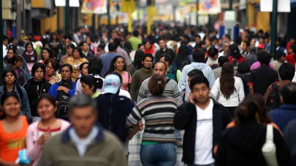 """Congreso propone crear """"bono 70"""" para trabajadores independientes"""