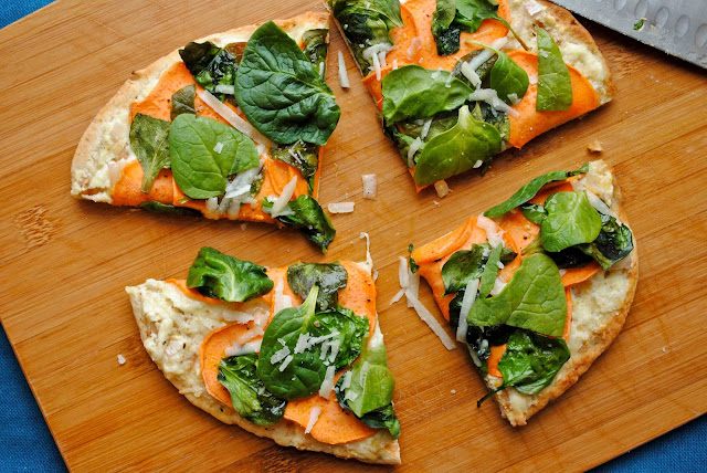 Sweet Potato, Spinach, and Ricotta Pita Pizzas from NeighborFoodBlog.com