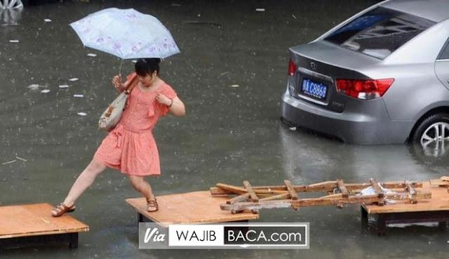 Banjir Jepang, Netizen Geger Airnya Bening Bagai Kolam Renang!