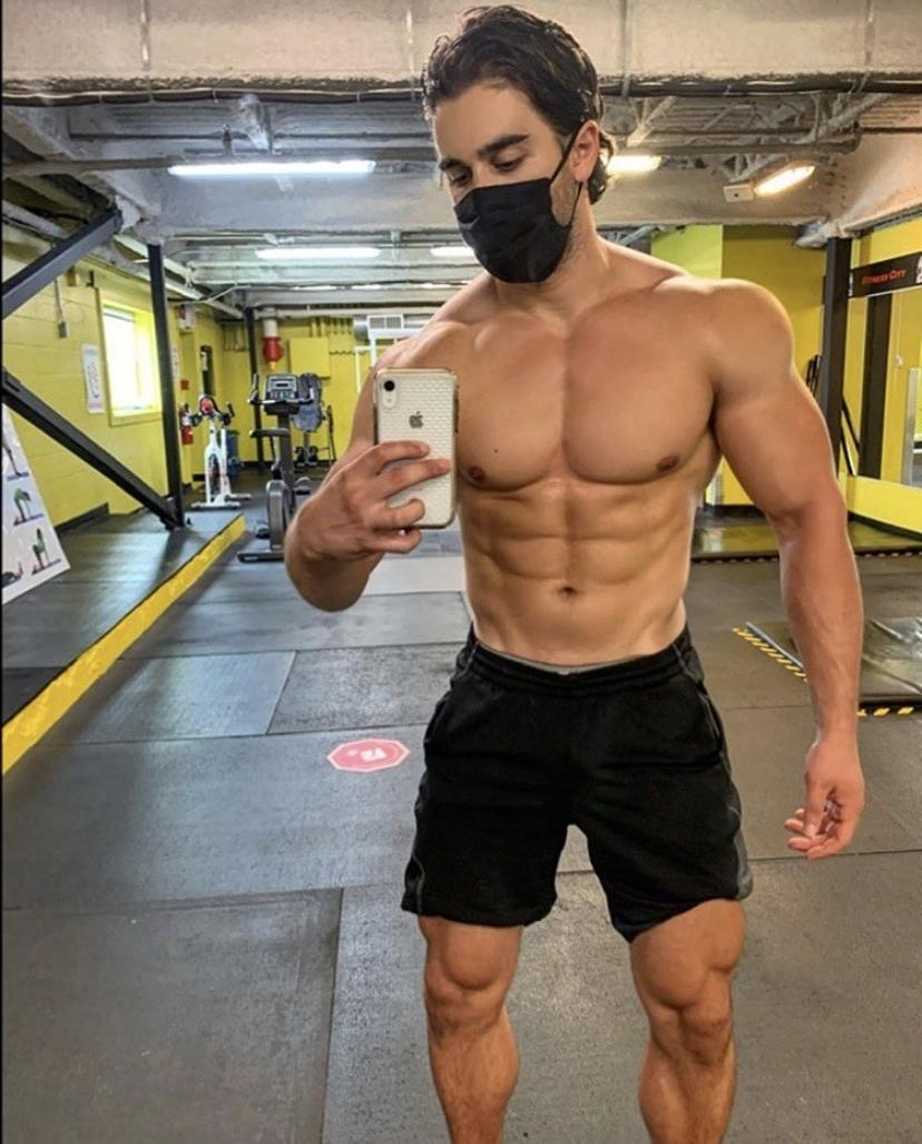 hot-fit-guys-wearing-face-masks-shirtless-muscle-body