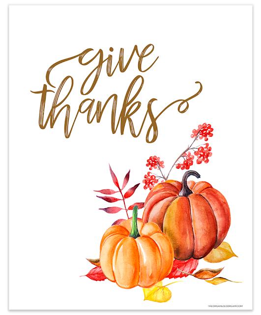 Give Thanks pumpkin watercolor printable. #printables #givethanks #watercolor #fall