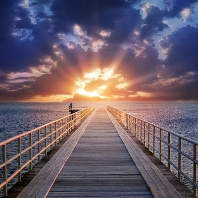 Πάσχα σημαίνει πέρασμα, σημαίνει διάβαση, σημαίνει αδιάκοπη πορεία προς τον Παράδεισο