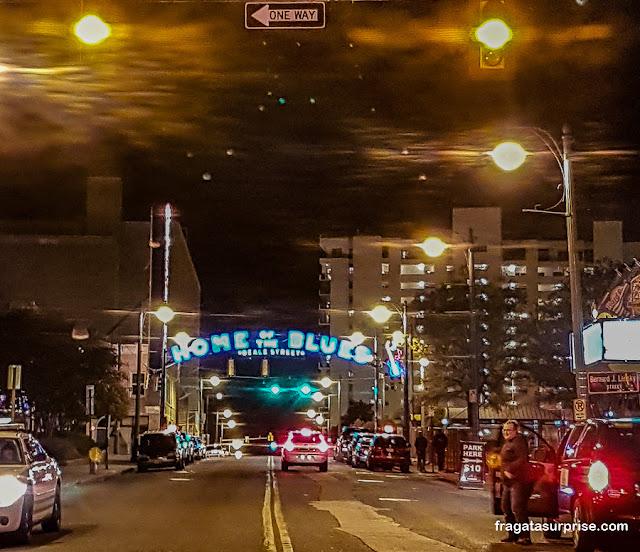 Beale Street, o lar do Blues em Memphis, Tenessi
